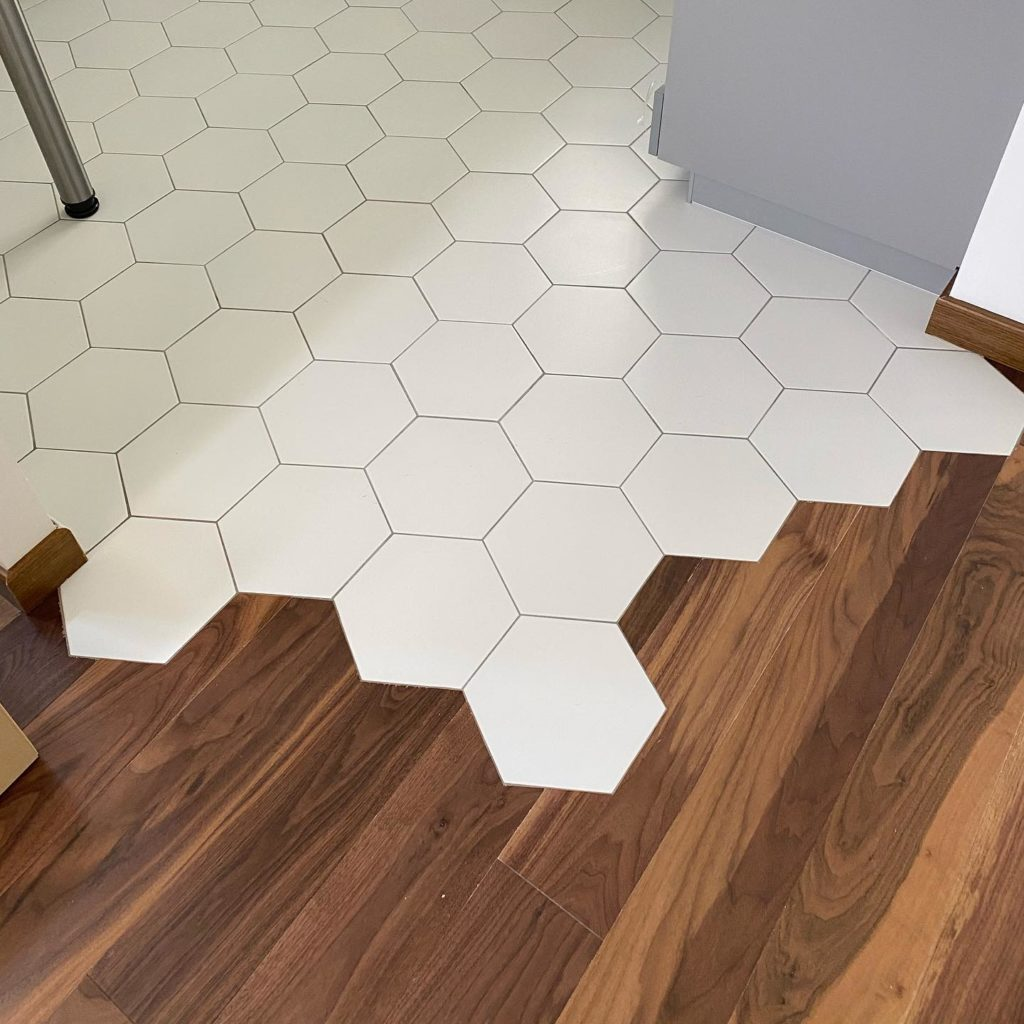 carrelage hexagonale blanc